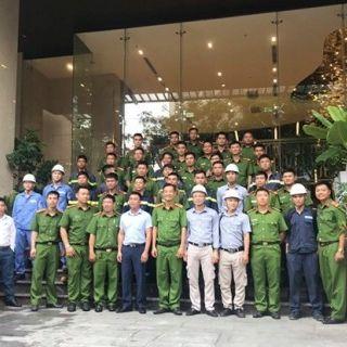 VPĐD Nha Trang hướng dẫn cho Cán bộ, Chiến sĩ PCCC & CNCH kiến thức cơ bản và các thao tác khi xẩy ra sự cố của thang máy Mitsubitshi